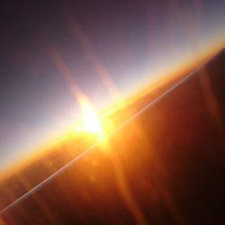 能登半島の上に朝陽